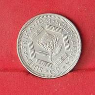 SOUTH AFRIKA 6 PENCES 1951 - 2.83 GRS - 0,500 SILVER   KM#  36,2 - (Nº26602) - Afrique Du Sud