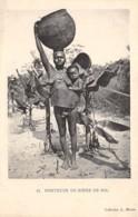 Centrafricaine . N° 51176 . Porteuse De Biere De Nil . Scarifications . Seins Nus - Centrafricaine (République)