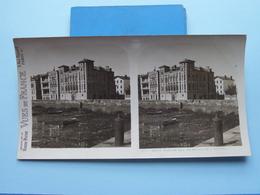 St. JEAN-de-LUZ : La Maison De L'Infante : S. 73 - 3430 ( Maison De La Bonne Presse VUES De FRANCE ) Stereo Photo - Stereoscopic