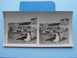 St. JEAN-de-LUZ : Vue Sur La Plage : S. 215 - 4422 ( Maison De La Bonne Presse VUES De FRANCE ) Stereo Photo - Stereoscopic