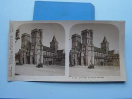 CAEN : La Trinité. Ensemble : S. 220 - 4483 ( Maison De La Bonne Presse VUES De FRANCE ) Stereo Photo - Stereoscopic
