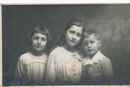 Thèmes - Portrait D'enfants - Photo - Photographie