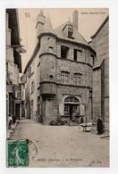 - CPA USSEL (19) - Le Presbytère 1909 (avec Personnages) - Photo Neurdein - - Ussel