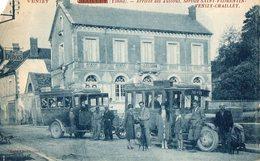 VENIZY   CHAILLEY   -  Arrivee Des Autobus Service Saint Florentin - Venizy - Chailley - Autres Communes