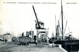 N°66582 -cpa Le Havre -débarquement De Charbon- Grues électriques- - Commerce