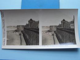 SAINT-MALO : Les Remparts Et Le Château : S. 203 - 4255 ( Maison De La Bonne Presse VUES De FRANCE ) Stereo Photo ! - Stereoscopic
