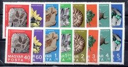 Dos Sereis De Hungría N ºYVert 2056/63 (**). VALOR DE CATÁLOGO 14.0€ - Hungary