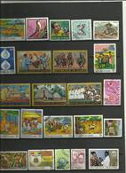 Lot De  22 Timbres De La République De Guinée Année Diverses. - Timbres