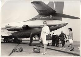 Photo Charlier Grand Format (17.5 X 12.5 Cm) Brussels Airport (1961, Caravelle)...prix Modifié...plis Découpes - Aerodrome