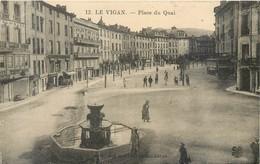 CPA 30 Gard Le Vigan - Place Du Quai  - Non Circulée - Edit Des Nouvelles Galeries - Le Vigan