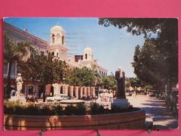 Porto Rico - San Juan - Old City Hall Building And Baldorioty Square - Joli Timbre USA 1956 - Scans Recto-verso - Puerto Rico