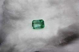136 - Smeraldo Ct. 4.60 - Taglio Smeraldo  - Certificato GGL - Smaragd