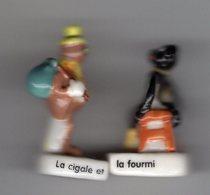 2 Fèves Duo Brillantes LES FABLES DE LA FONTAINE La Cigale & La Fourmi BANETTE 2007 - Animals