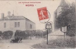 """CPA Carte Publicitaire Des Poteaux Indicateurs """" MORS """" - Chevreuse Voiture - Advertising"""