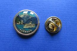 Pin's, Ville,Village, FLÜELEN, Bateau, Suisse, Montagne - Cities