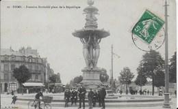 51-3- REIMS - FONTAINE BARTHOLDI PLACE DE LA REPUBLIQUE - Reims