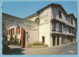 """A068  CP  AIRVAULT  (Deux-Sèvres)  """"L'Auberge Du Vieux Relais""""   +++++++ - Airvault"""