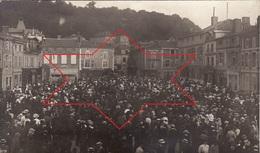 Photo Le 2 Aout 1914 SAINT-MIHIEL - La Foule Place Des Halles Lors De La Déclaration De La Guerre (A181, Ww1, Wk 1) - Saint Mihiel