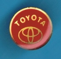 1 PIN'S //   ** LOGO / TOYOTA ** - Toyota