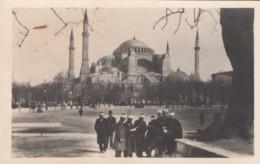 Istanbul Turkey, Hagia Sofia With Men Reading(?), C1920s/30s Vintage Real Photo Postcard - Turkey