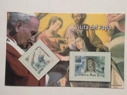 Hoja Bloque 2 Sellos. Visita Del Papa Juan Pablo II. Ávila. Santa Teresa. España. Sin Circular. Reproducción Actual - Hojas Conmemorativas