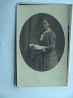 Tsjechië Ceskoslovensko Czech Rep. ? Portrait Of A Nice Woman - Tsjechië
