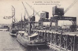 NANTES Le Quai Des Antilles Et Les Nouvelles Grues électriques ( Vasselier 66 ) - Nantes