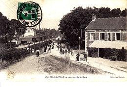 77 . Seine Et Marne .  Combs La Ville . Arrivée De   La Gare    . - Combs La Ville