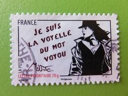 """Timbre France YT 539 - Femme De L'être De Miss. Tic - Street Art - """"Je Suis La Voyelle Du Mot Voyou"""" - 2011 - France"""