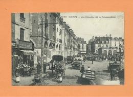 CPA -  Dieppe - Les Arcades De La Poissonnerie -(auto , Voiture Ancienne ) - Dieppe