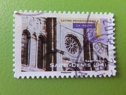 Timbre France YT 563 - Art Gothique - Basilique Saint-Denis à Saint-Denis (93) - 2011 - Adhésifs (autocollants)