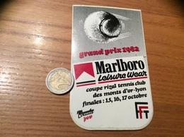 """AUTOCOLLANT, Sticker """"Marlboro LEISURE WEAR - Grand Prix 1982 - Coupe Rival Tennis Club Des Monts D'or - Lyon (69)"""" - Autocollants"""