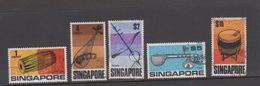 Singapore 115-119 1969 Musical Instruments ,used - Singapore (1959-...)