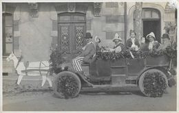 Photo Jacquet St Donat - Fête Et Lieu à Identifier: Char Cavalcade? Fête Des Laboureurs? Des Bouviers? Auto Brasier 1910 - Te Identificeren
