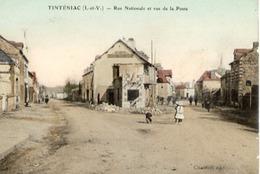 35 TINTÉNIAC - Rue Nationale Et Rue De La Poste - Belle Carte Couleur Animée - France