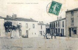 44 - Boussay - Place De La Bascule - Boussay