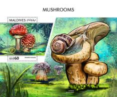 Maldives 2018  Mushrooms   S201810 - Maldives (1965-...)