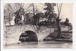 CPSM 34 COLOMBIERS Pont Sur Le Canal Et Le Chateau - France