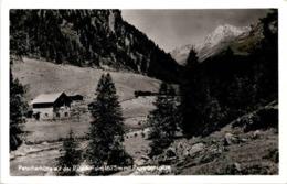 Patscherhütte Auf Der Patscheralm Mit Panargenspitze * 4. 8. 1953 - Defereggental