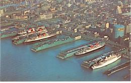 POSTAL    NEW YORK  -EE.UU.   - SHIPS FROM AROUND THE WORLS AT N.Y.CITY PIERS (BARCOS DE TODO EL MUNDO EN LOS EMBARCAD) - New York City