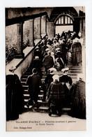 - CPA SAINTE-ANNE-D'AURAY (56) - Pélerins Montant à Genoux La Scala Sancta (belle Animation) - Edition Guingo-Josse - - Sainte Anne D'Auray