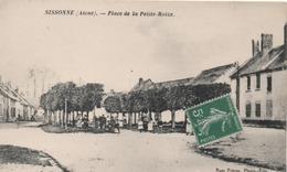 SISSONNE  PLACE DE LA PETITE ROIZE - Sissonne