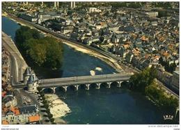 CHATELLERAULT . Vue Aérienne. La Ville Et Le Pont Henri IV  Vus Du Ciel.  2 Scans  TBE - Chatellerault