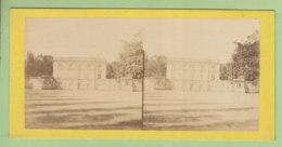 VERSAILLES, Le Trianon Vers 1860 - 1870.  Photo Stéréoscopique. 2 Scans. - Stereoscopic