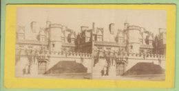 PARIS, Le Musée De Cluny Vers 1860 - 1870.  Photo Stéréoscopique. 2 Scans. - Stereoscopic