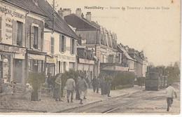 Montlhery Station Du Tramway Arrivée Du Train - Montlhery
