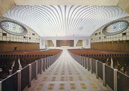 1 AK Vatikan * Innenansicht Der Vatikanischen Audienzhalle -- Nuova Aula * - Vatikanstadt