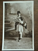 Oude FOTO KAART    Van MAN      Zwart  -    Bruinachtige Kleur  RROMANIA - Roumanie