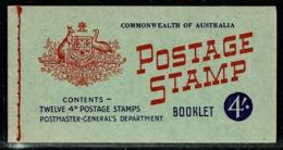 Ref 1242 - 1957 Australia 4/= Stamp Booklet SG 33 - Carné