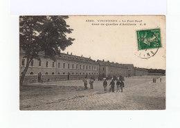Vincennes. Le Fort Neuf. Cour Du Quartier D'Artillerie. Militaires, Véhicules. (3170) - Vincennes